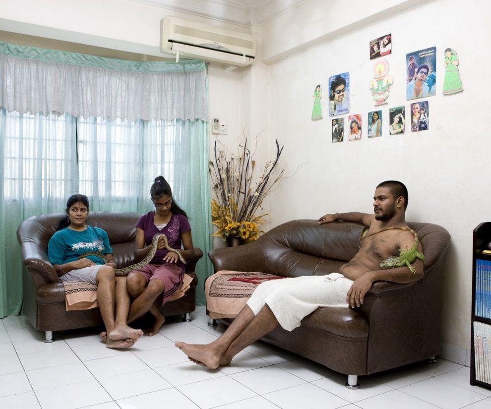 20. Джива Пратабан, 26 лет, со своей семьей, Сепанг, Малайзия   Прежде чем отправиться в свое п