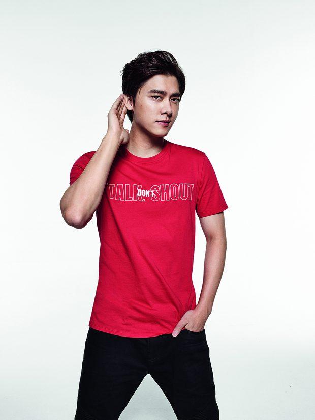 Cara Delevingne, Martin Garrix & Li Yifeng for Armani Exchange T-Shirts