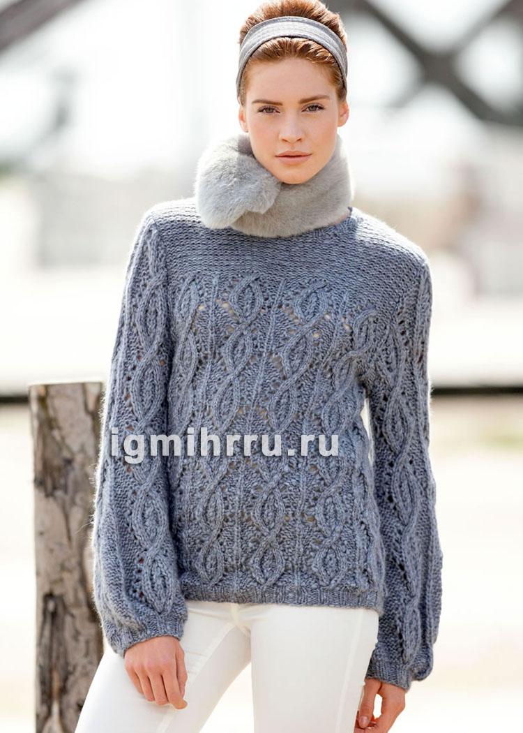 Серо-синий пуловер с ажурными узорами с косами. Вязание спицами
