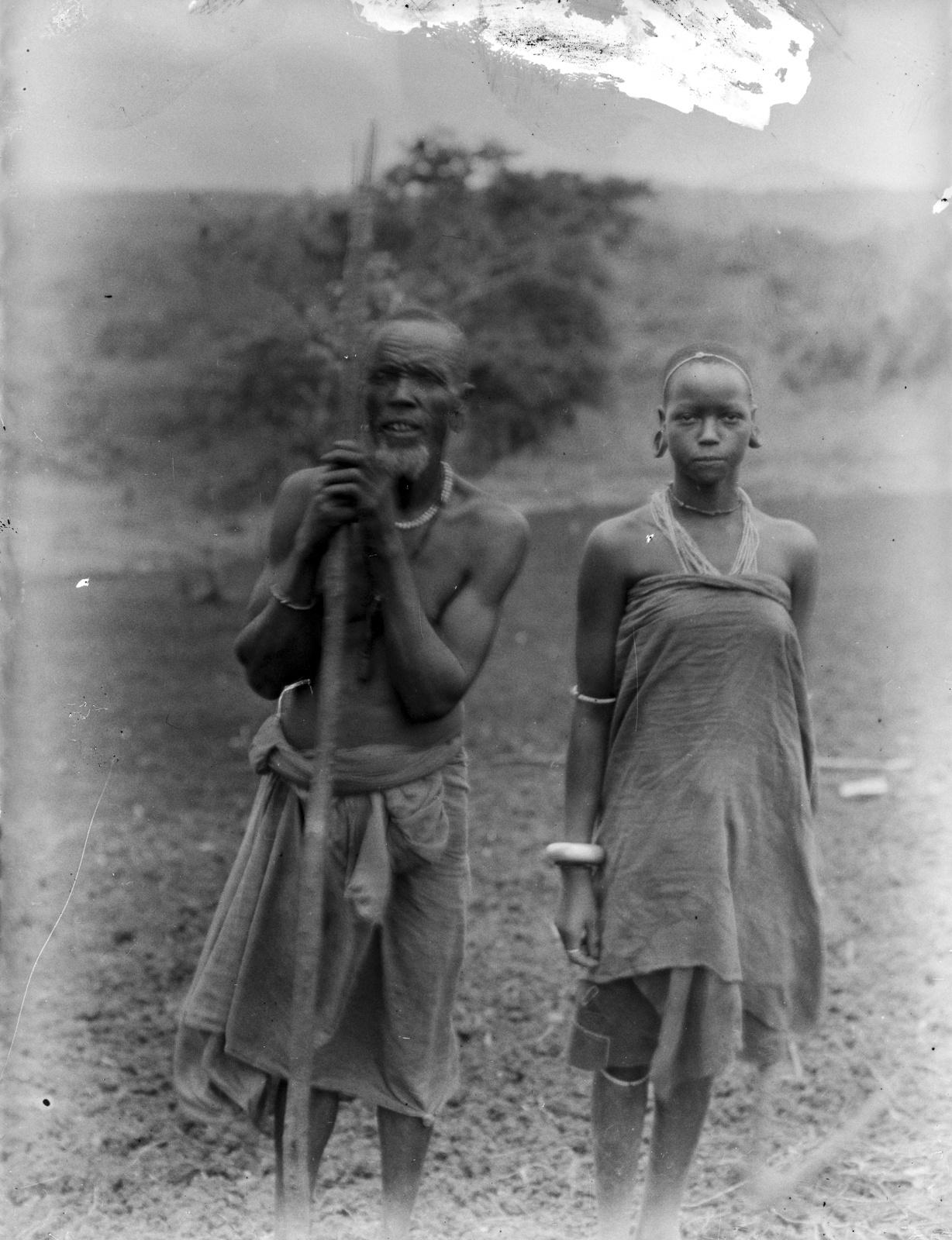 161. Портрет мужчины и женщины народности чагги