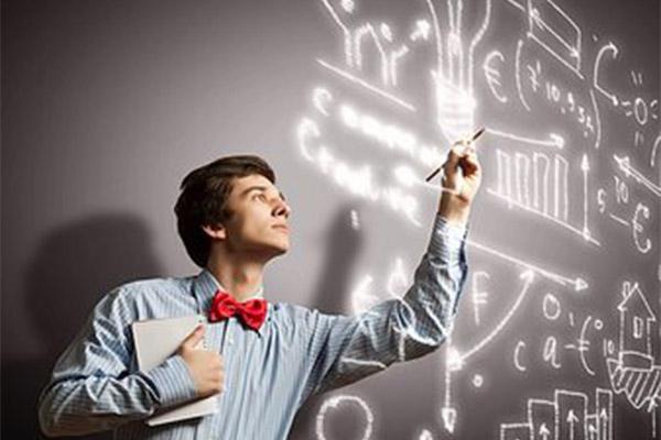 Фонд поддержки инноваций усовершенствовал механизм отбора проектов на конкурс «УМНИК»