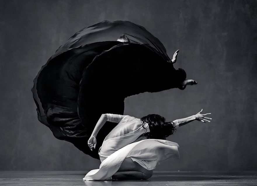 Чувственные танцы на снимках Вадима Штейна