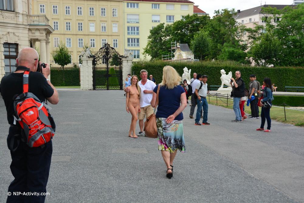 Голая Foxie в Вене