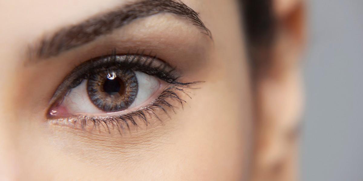 7. Движения глаз.   При разговоре с правшой обратите внимание, как движутся его глаза — если по