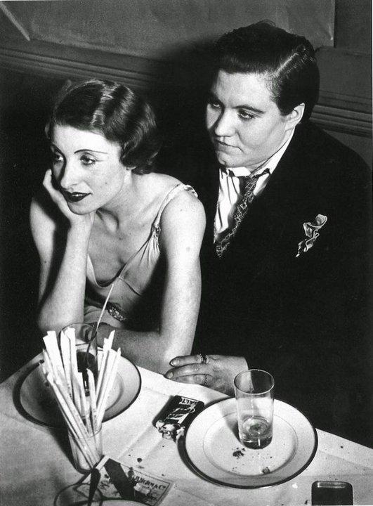 5. Лесбийская пара. Париж, 1932 год