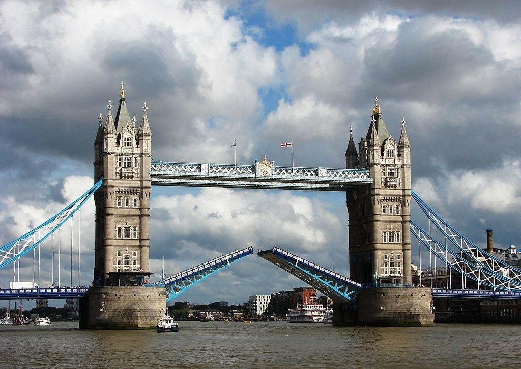 razvod-mosta-2.jpg