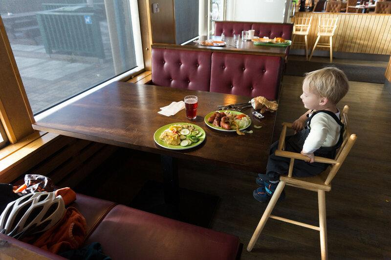 ребенок в финском ABC