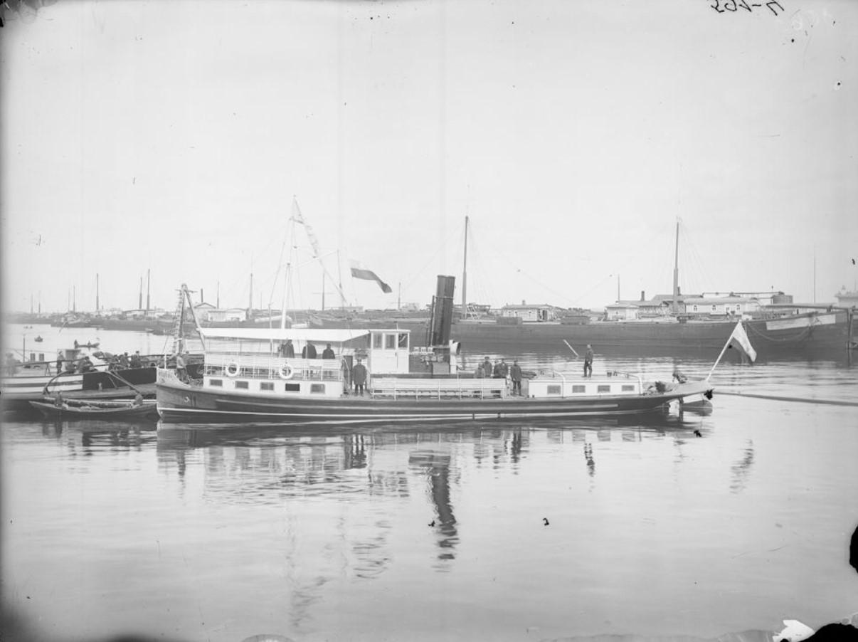 Пароход «Лебедь». 1908