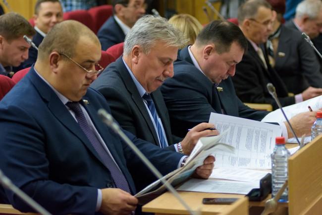 Депутаты приняли закон о мерах по защите прав обманутых дольщиков