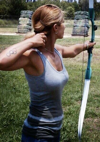 0 17aa15 4a068748 XL - Стрельба из лука: фото девушек