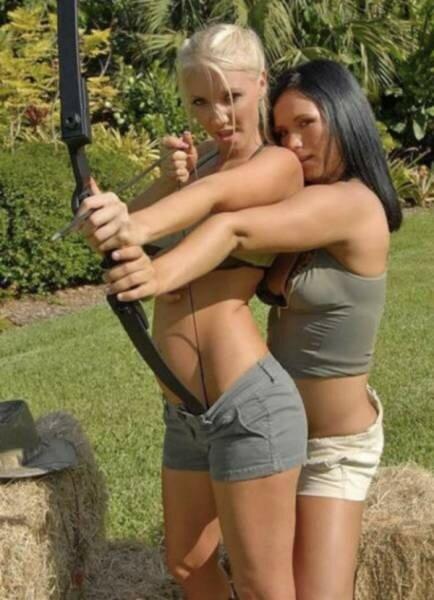 0 17aa1b 92ef7721 XL - Стрельба из лука: фото девушек