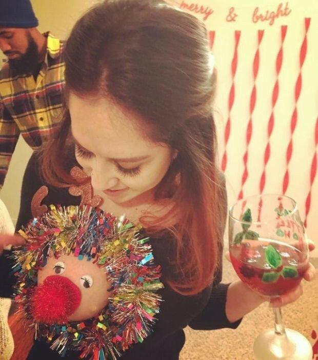 0 17ca48 24fb08dd XL - Модная рождественская забава американок #reindeerboob