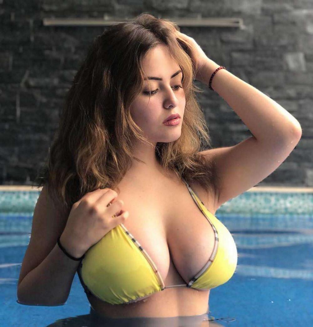 большими грудями фото видео девушки с и