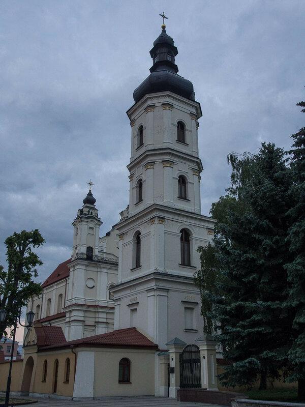 Колокольня монастыря францисканцев.