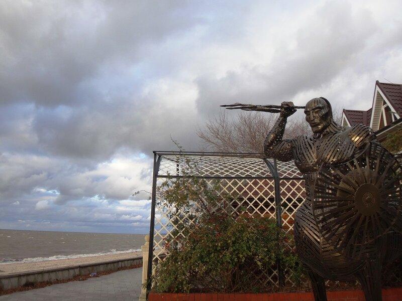 На страже ... На финише октября, в городе у моря Азовского. (42).JPG
