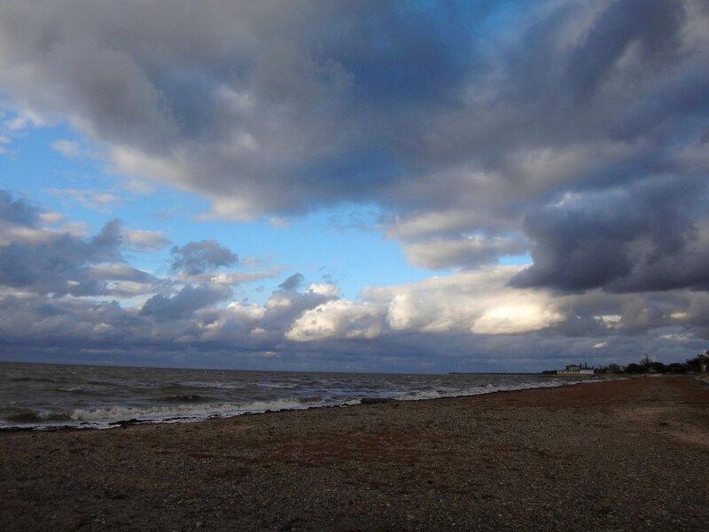 У моря ... Облака ... На финише октября, в городе у моря Азовского. (68).JPG