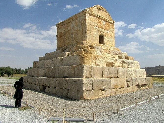Мавзолей Кира Великого. Иран