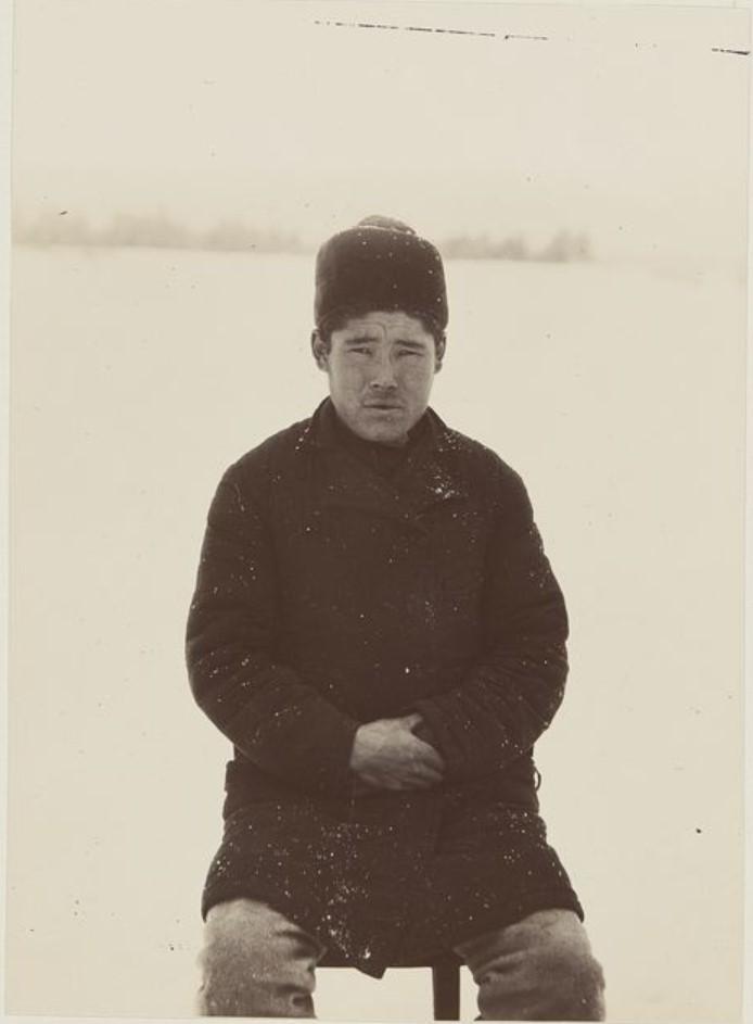 Хант одетый в русском стиле. Ларяцкое, Вах