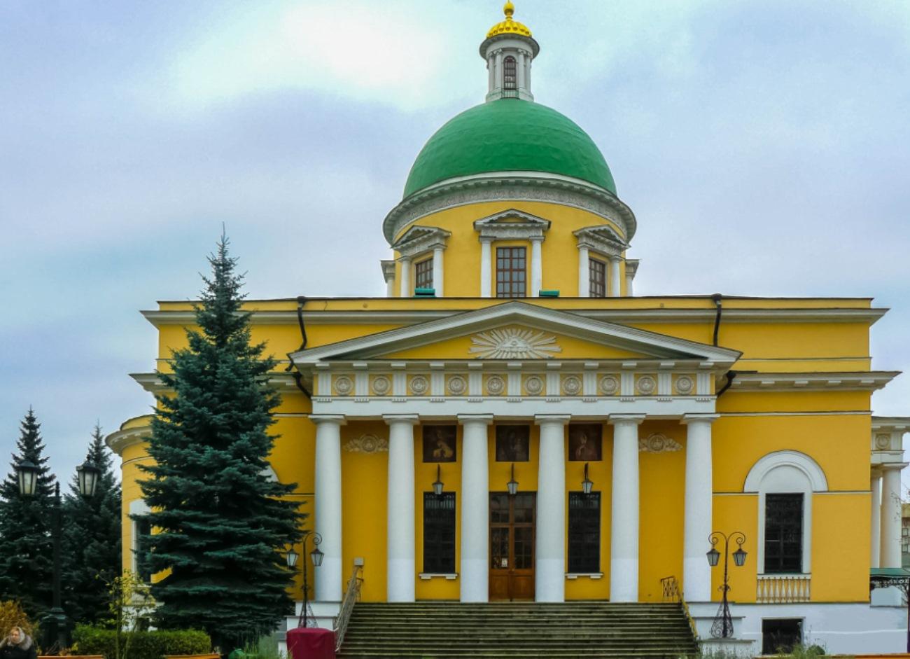 irina-fortuna-danilov-monastery 03.jpg