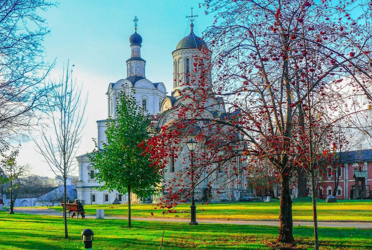irina-fortuna-andronikov-monastery 01.jpg