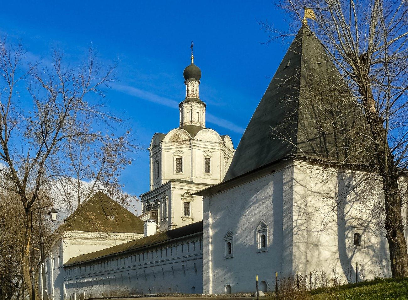 irina-fortuna-andronikov-monastery 02.jpg