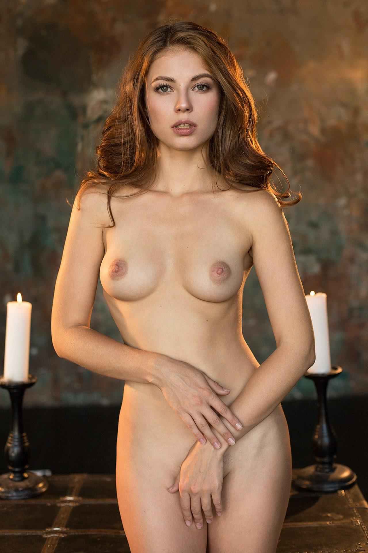 Viktoriia Aliko by Damp Zergut