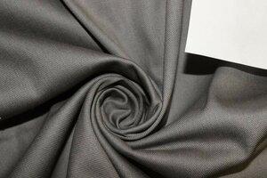 ЛТ932 550руб-м остаток 3,0м Плотная джинса стрейч,цвет серый,ткань приятная,форму держит,для мужских и женских жакетов,брюк,шорт,жилетов,для юбок,шир.1,30м,хлопок 97%,эластан 3%