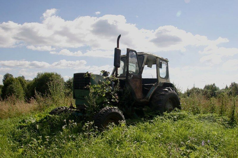 0 17dac6 806ea971 XL - Менуэт Советскому трактору