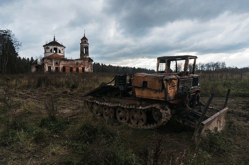 0 17dacb 12b04de7 XL - Менуэт Советскому трактору