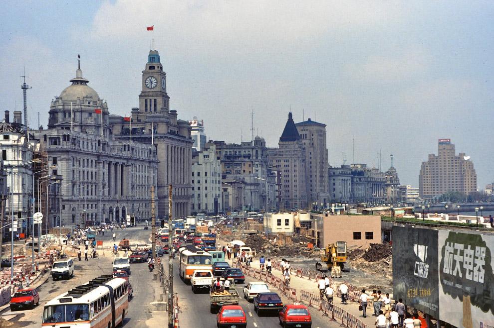 9. У городских властей уже тогда хватило ума создать комфортную среду для пешеходов в наиболее привл