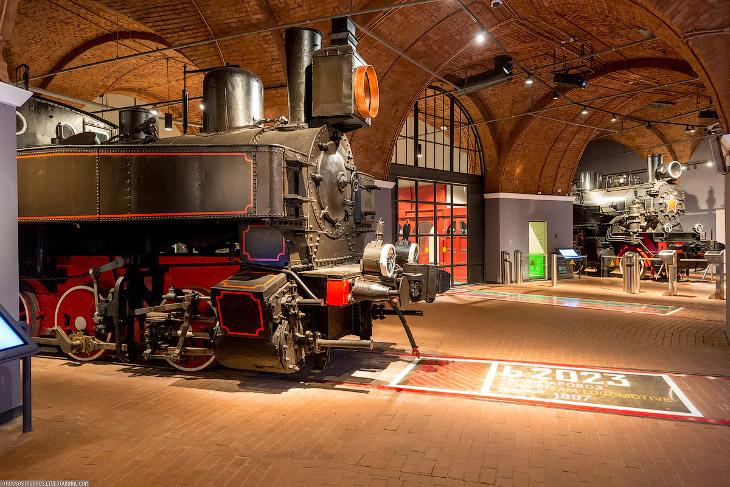 2. Отдельный зал посвящен истории паровой машины.