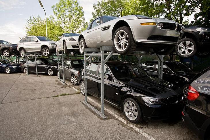 Утилизация автомобилей BMW (18 фото)