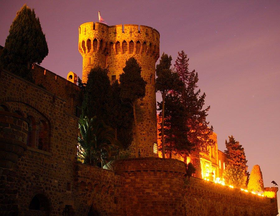 Ночное небо над замком: