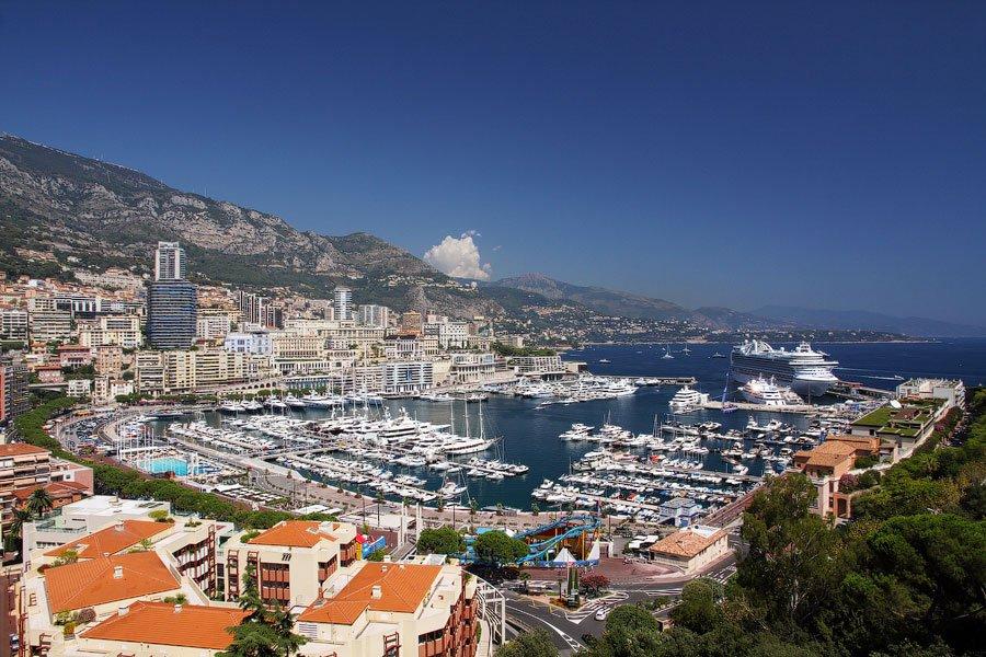 Среднестатистическому человеку потребуется всего 56 минут, чтобы пересечь все государство Монако пеш