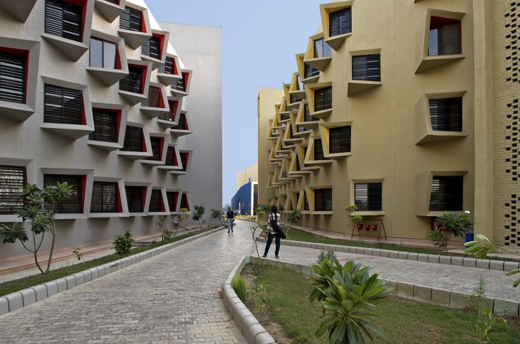 Taking a cue from the old city streets of Mathura city in India where this project is located, this