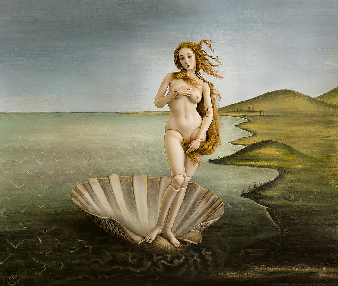 The famous Venus by Botticelli turned into a Japanese doll