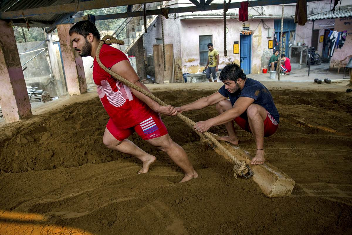 Давай, давай, наяривай!: Тренировка будущих индийских богатырей