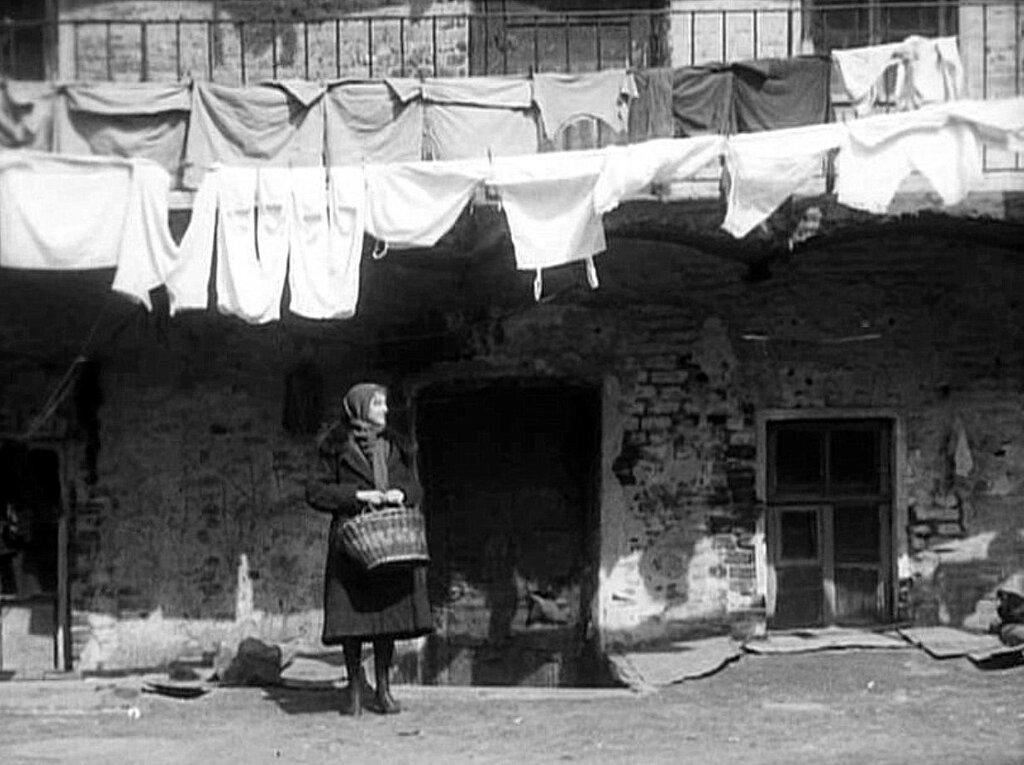 1928 г. Фильм Дом на Трубной.jpg