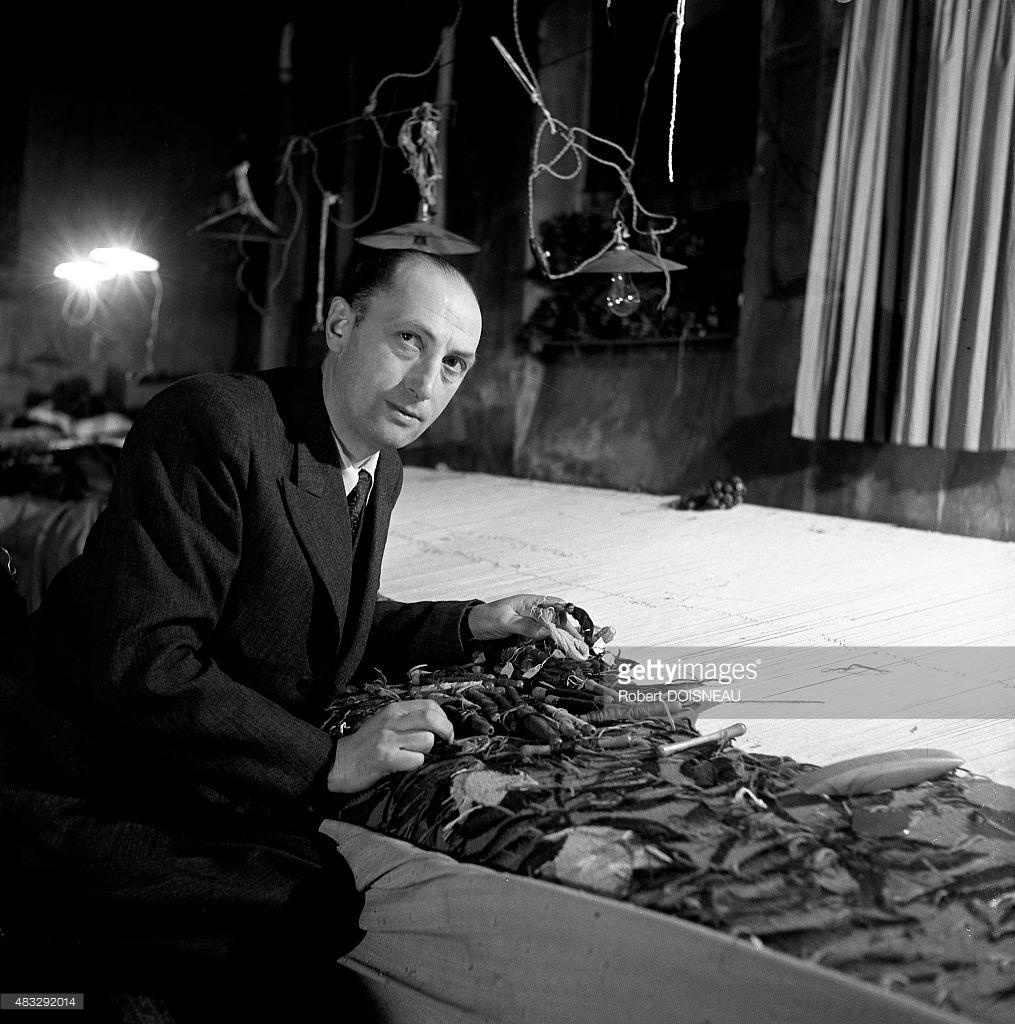 1945. Портрет Франсуа Табара в ткацком цехе, Обюссон