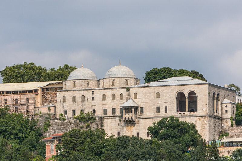 Павильон Фатих. Дворец Топкапы в Стамбуле.