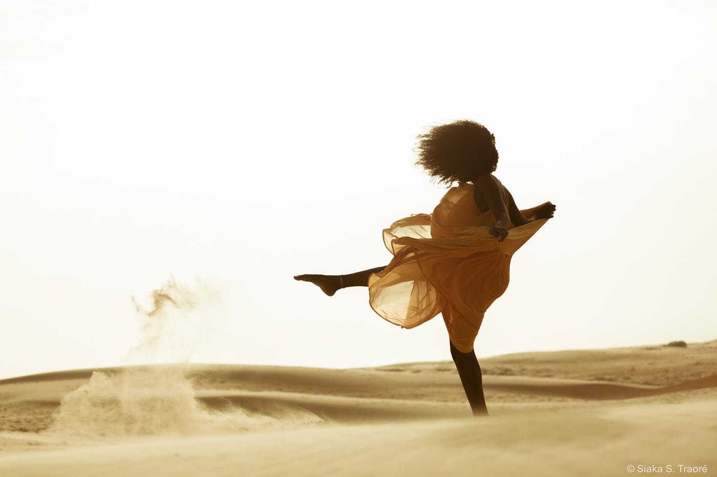 Lee Litimbe в пустыне / фотограф Siaka S. Traoré
