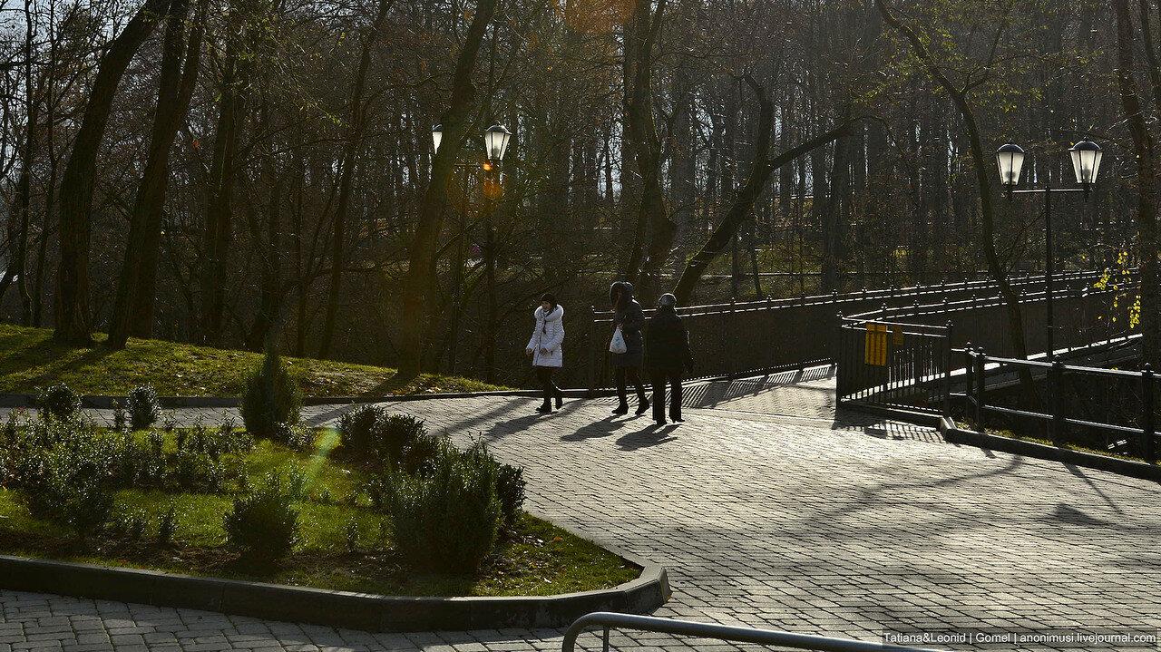 В парке ноябрь