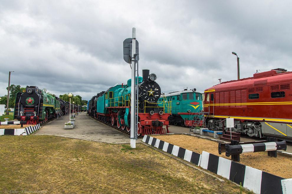 3. Паровозы серии Э, выпускались с 1912 по 1957 гг. В первый период индустриализации СССР (1925—1935