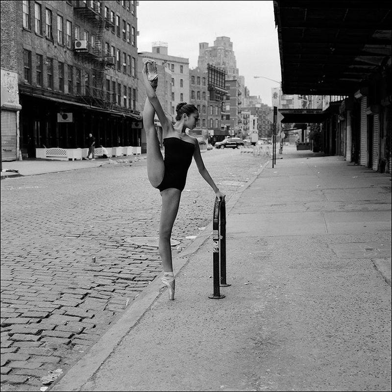 Балерины на улицах города — самый известный проект в интернете о балете с сотнями тысяч поклонников!