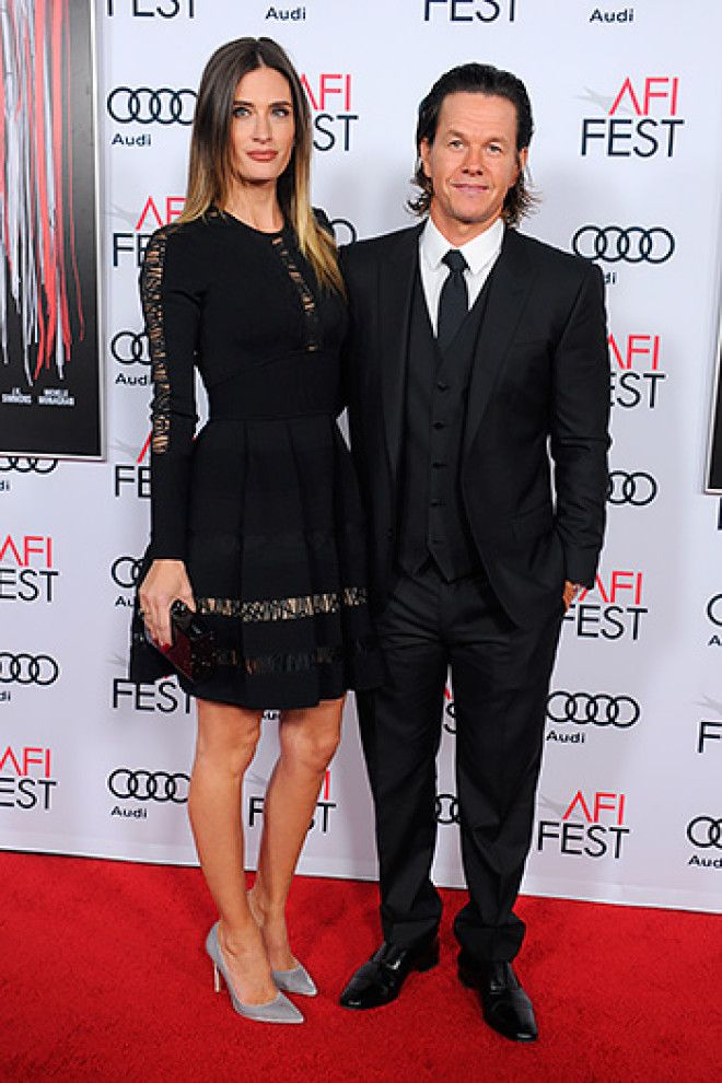 В 2009 году его супругой стала модель Риа Дюрэм.    Харрисон Форд