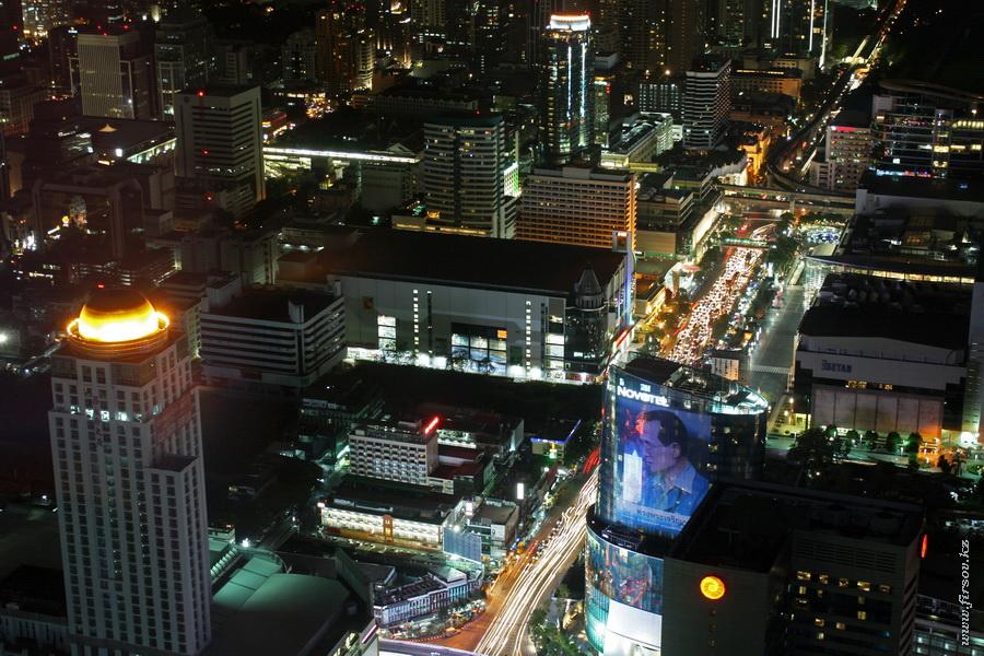 Bangkok_night6_zps556d3d08.JPG