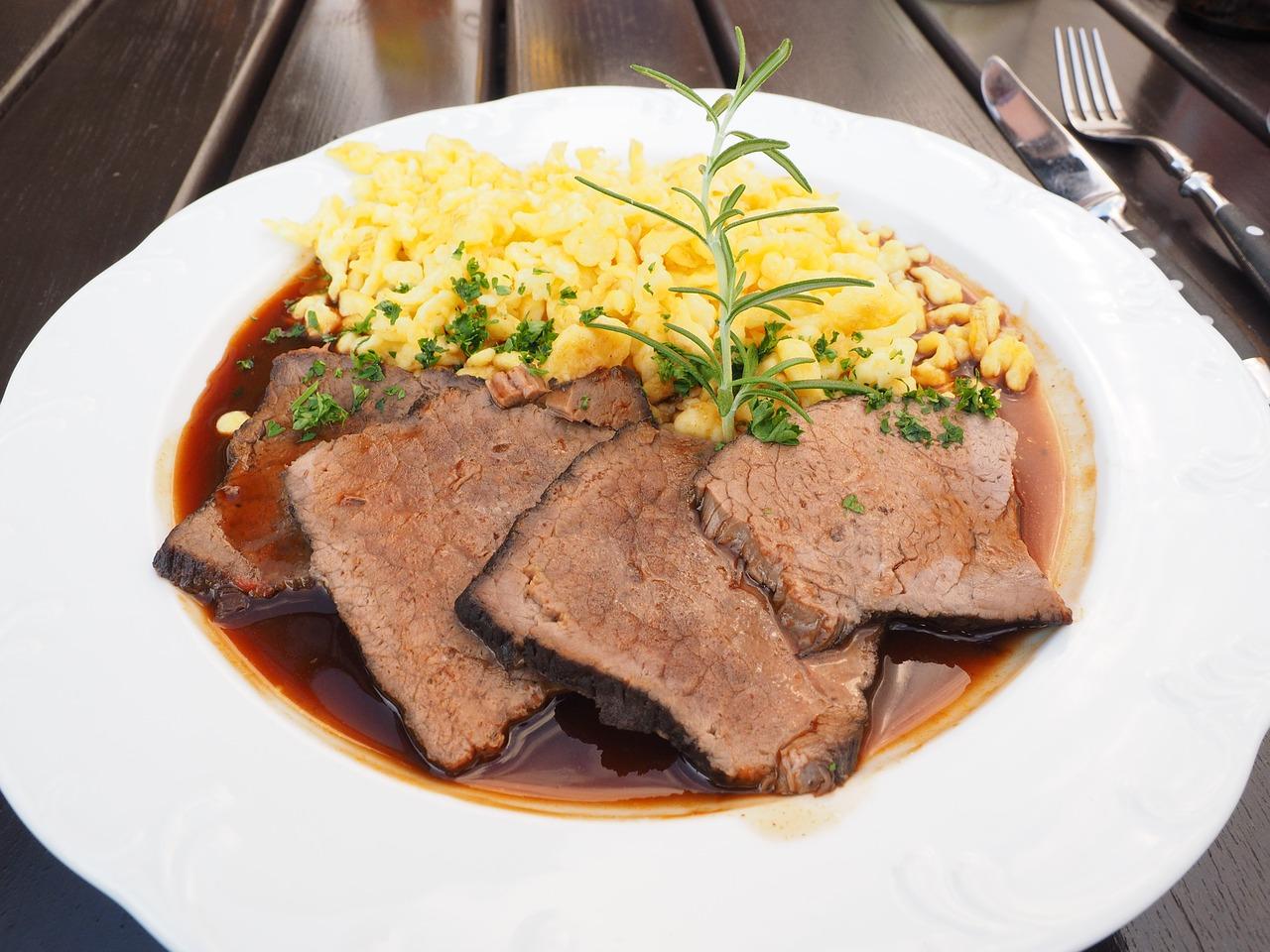 7 место. «Зауэрбратен». Sauerbraten. Жаркое из маринованого мяса