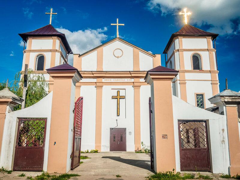 Лучше посетите Троицкий костёл в Высоком