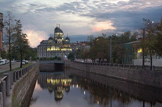 Иоанновский монастырь на Карповке