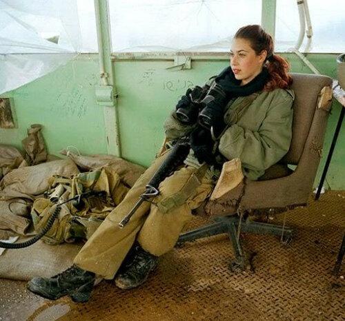0 179def 320d3e69 L - В израильской армии есть, на что посмотреть